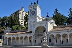 Udine: la Loggia di San Giovanni, la Torre dell'Orologio e, sullo sfondo, il Castello, Explore Oct 16, 2016 #463 (Valerio_D) Tags: udine friuli friuliveneziagiulia italia italy 2016estate 1001nights 1001nightsmagiccity