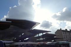 halle et tente (supermimil) Tags: marchécouvert antony 2016 france architecture ondulation