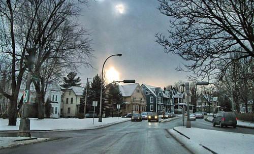 Decembre 2011 #sherbrooke #ciel #sky #sun #soleil #sunset #coucherdesoleil #trees #arbres #hains #snow #neige #routes #roads #december #decembre #maisons #houses