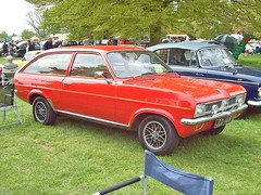 417 Vauxhall Viva HC Estate (1971) (robertknight16) Tags: british 1970s vauxhall