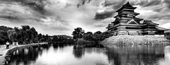 Crow Castle- Matsumoto (Matthew Fleming Photography) Tags: blackandwhite bw castle japan crow matsumoto nagano hirajiro