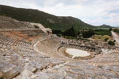 Efes. (Crusade.) Tags: travel mountain nature canon turkey landscape greece legacy tse ephesus efes 5d2 tse17