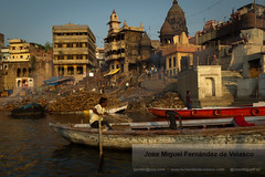 FDV_3759 (Jos Miguel Fernndez de V.) Tags: people india river varanasi indians hindu hindi ganges