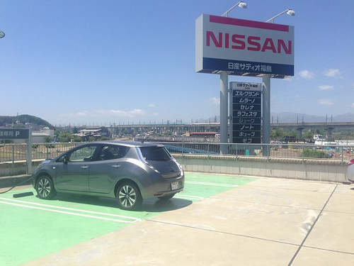 今回2回目の充電。95.0km走って区間電費は8.0km/kWh。お、E5系とE3系!