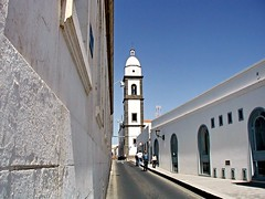 Arrecife 03 (mfnure31) Tags: church spain streetlight bell lanzarote belltower canaryislands arrecife