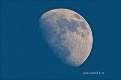 74% Waxing Gibbous (Jeannot7) Tags: moon lune luna 74 waxinggibbous daymoon