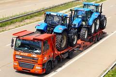 DAF FZA 85J6 - De Rooy (gylesnikki) Tags: orange truck artic rigid drawbar derooy