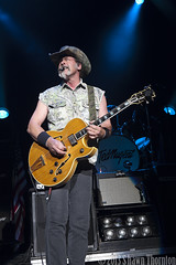 Ted Nugent- DTE Energy Music Theatre - Clarkston, MI - 8/02/13