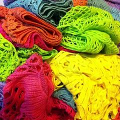 เสื้อคลุมไหล่สวย ทุกสี380บาท แฟชั่นเกาหลีนำเข้าพร้อมส่ง ร้านโลตัสโนสส ของจริงสวยมาก สนใจโทรสั่งที่083-1797221 www.lotusnoss.com, line ID:lotusnoss ถ่ายจากสินค้าจริง