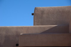 Santa Fe Style - detail (Mr. Physics) Tags: newmexico santafe home architecture adobe 0102 msoller