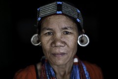 the Adi Galo tribewoman in the village near Daporijo, arunachel pradesh (anthony pappone photography) Tags: travel light portrait woman india house wearing canon spirit traditional hut adi ethnic ritratto along shaman headdress collane arunachal galo etnic capanna arunachalpradesh animist tribeswoman ziro daporijo animisti nyishi neaklaces aditribe nyishitribe donyipolo galotribe galotribes nishitribal