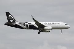 ZK-OXB_NZ510_NZAA_0706 (ZK-NGJ) Tags: airnewzealand zkoxbairbusa3202325682 27september2013auckland