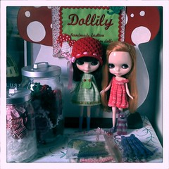Neglected sweet Blythe dollies in my studio