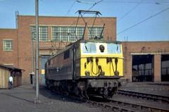 E26016 Reddish 1971 (briantuk) Tags: west electric manchester 1971 diesel brian north class 25 depot tucker woodhead 76 reddish