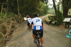 關西.阿強:「這不是爬坡,那什麼才是爬坡?」 (nk@flickr) Tags: 關西 bobby taiwan 新竹 friend cycling 台湾 志明 cheven 20161105 台灣 guanxi hsinchu 阿強 canonefm22mmf2stm