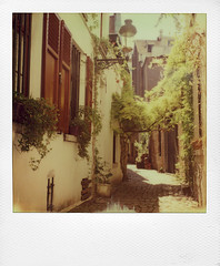 Rue de la Cigogne ... (@necDOT) Tags: slr680 color600 street rue bruxelles brussels impossibleproject polaroid