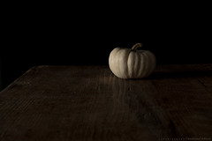 (CarolienCadoni..) Tags: sonyslta99 sal50f14 50mmf14 pumpkin white dof light bokeh naturallight photography still stilllife