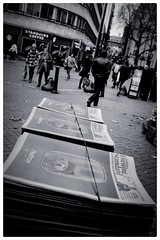 Evening Standard (denise.ferley) Tags: london eveningstandard paper newspaper bw peoplewatching