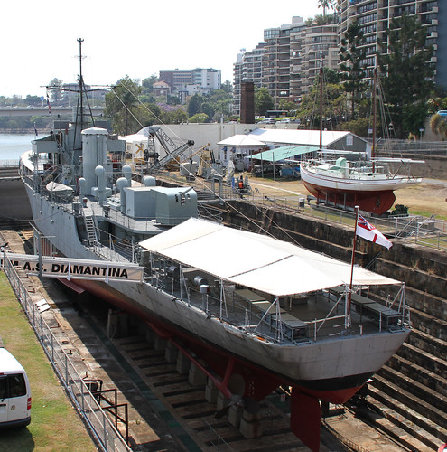 HMAS Diamantina 1