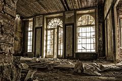 Bild 1 (PhotoChampions) Tags: lost places urbex ubex verlassen marode gutshaus schloss