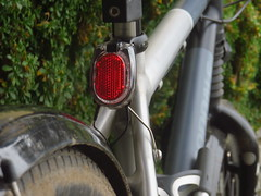 Rücklichthalter (twinni) Tags: mw1504 27112016 rücklicht ruecklicht bumm halter secula led cannondale fiftyfifty rohloff speiche custom