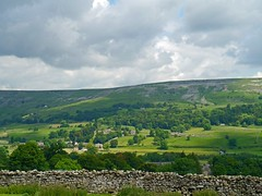 Swaledale (3) (Kev's.Pix) Tags: yorkshire northyorkshire northernengland countryside fields drystonewalls hills yorkshiredales yabbadabbadoo