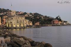 Rapallo (Luca Bobbiesi) Tags: rapallo liguria landscape golfo tigulio night castle canoneos7d canonef24105mmf4lisusm