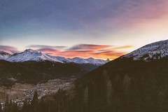 Last Hour (FlavioSarescia) Tags: hss iphone mountain nature landscape sunset sun travel wanderlust switzerland shine light clouds sunrays cloud davos
