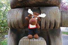 DSC00510 (The Crochet Crowd) Tags: crochetmoose amigurumi moose crochet doll alaska britishcolumbia thecrochetcrowd michaelsellick jeannesteinhilber danielzondervan crochetcruise mooseontheloose
