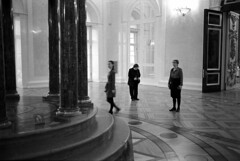 The dias in the Tzar's reception room, Winter Palace, St Petersburg 2016 (knjy) Tags: leicam6 35mmsummicron ilfordhp5 fx39 stpetersburg russians