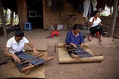 Li Village Weavers - Hainan (Michael Steverson) Tags: china woman feet tattoo canon asian island women village mark traditional chinese bamboo mat elderly ii chinadigitaltimes 5d miao weaving hainan