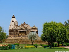 "Templos Khajuraho • <a style=""font-size:0.8em;"" href=""http://www.flickr.com/photos/92957341@N07/8750513154/"" target=""_blank"">View on Flickr</a>"