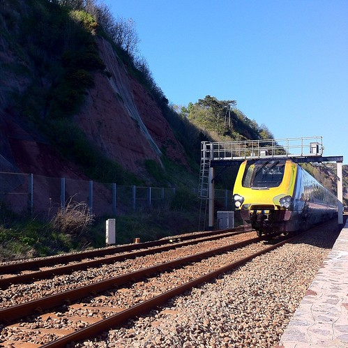 Train line next to #holcombe sea wall #devon