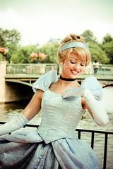 Cinderella (abelle2) Tags: epcot princess disney disneyworld cinderella wdw waltdisneyworld disneyprincess worldshowcase internationalgateway princesscinderella