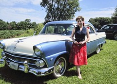 Temptation! (~ Liberty Images) Tags: ohio ford me classiccar fairlane vintageford highwaybuyway