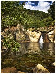 130906_Madrigal de la Vera_32 (ManuMartinlop) Tags: senderismo piedras cascada rutas potro finca extremadura higueras higos cauce lavera río madrigaldelavera cáceres montañas excursión gargantadealarcón picodealmanzor