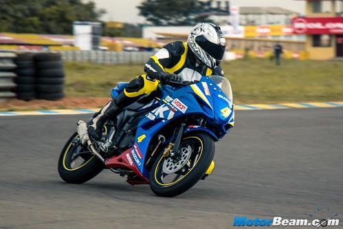2015-Suzuki-Gixxer-Cup-Bike-07