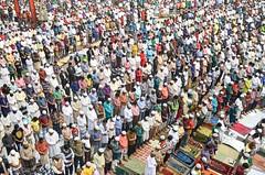 Prayer time! (ashik mahmud 1847) Tags: bangladesh d5100 nikkor people man prayer muslim colorful street group pattern