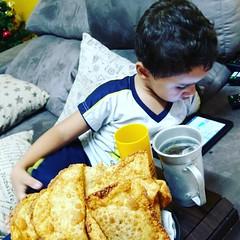 #pastelqueijo #pra ser feliz #filho #pastell #pastelcarne #zoiao #q