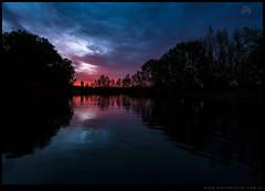 Crepusculo en el brazo del rio Negro