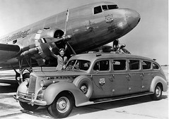 Chicago Municipal Airport - United Air Lines - Packard Super 8 Limo