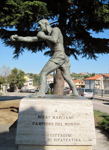 monumento  a ROCKY MARCIANO by I FRATELLI ANGELO e GIORGIO BONOMO, on Flickr