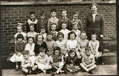Image titled Milincroft school photo.1960s