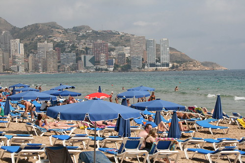 "Levante Beach, Benidorm • <a style=""font-size:0.8em;"" href=""http://www.flickr.com/photos/43313949@N05/9009053165/"" target=""_blank"">View on Flickr</a>"