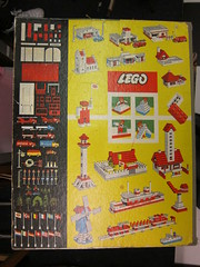What would you have built back then? (Lady Wulfrun) Tags: original red white toy toys lego 1960s