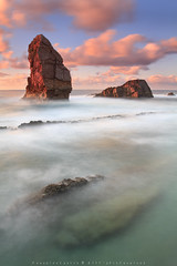 MY PLAYGROUND (R a q u e l d e C a s t r o | Images) Tags: sea sky costa seascape coast mar rocks waves cielo olas rocas cantabria marinas largaexposicin liencres laarnia raqueldecastroimagescom ongexposition