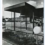"Schouwburgplein <a style=""margin-left:10px; font-size:0.8em;"" href=""http://www.flickr.com/photos/99860362@N04/10051317016/"" target=""_blank"">@flickr</a>"