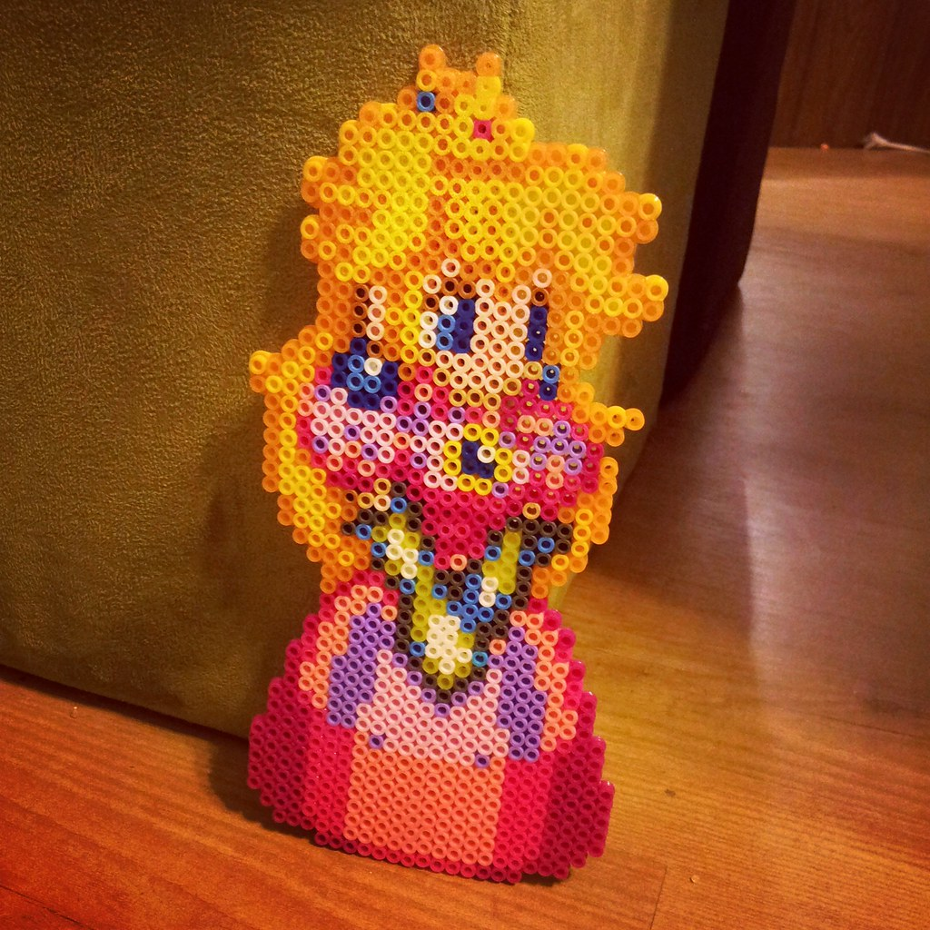 Princess Beads: The World's Most Recently Posted Photos Of Geekcraft And