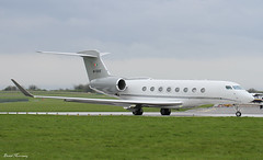 Denis O'Brien G650 M-GSIX (birrlad) Tags: ireland dublin private airplane airport taxi aircraft aviation airplanes jet passenger 16 departure takeoff runway dub departing taxiway bizjet