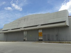 9 Months Later... (Albertsons Florida Blog) Tags: old abandoned retail store closed florida empty former kmart palmbay brevardcounty